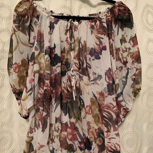 Sheer floral top perfect to go over tank